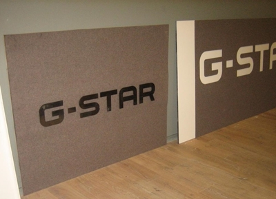 Logo G-Star uitgesneden uit vilt